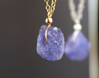 Raw Tanzanite Necklace, Tanzanite Rough Necklace, Tanzanite Necklace, December Birthstone, Dainty Gemstone necklace, Violet Blue Tanzanite