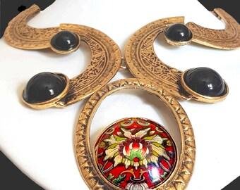 Art deco bib necklace