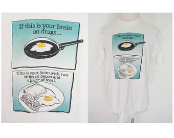 Vintage 90's brain on drug fried egg funny novelty print tee white