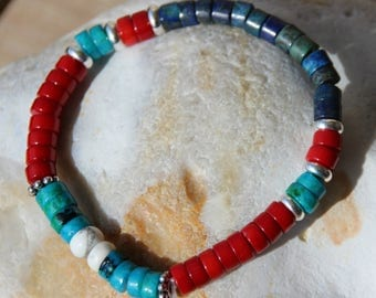 Bracelet with lapis chrysocolla beads and coral