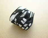 Ruban soie teint, teint main, imprimé zèbre, blanc, noir, couleur N 1233