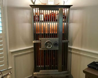 Stärke Vault, Stainless Steel Gun Cabinet , Gun Cabinet, Firearms Display, Secure Firearms, Hunting Gun Collection, Display Gun Collection,