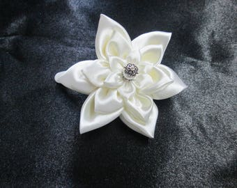 Ornated Barrette with three flowers in ivory satin for wedding or...