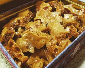 Cashew Brittle - Holiday Treats - Holiday Goodies - Candy - Homemade Treats