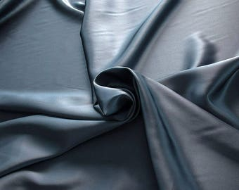 1712-188 - Crepe Satin silk 100%, width 135/140 cm, made in Italy, dry cleaning, weight 100 gr