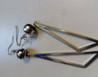 Earring silver graphic