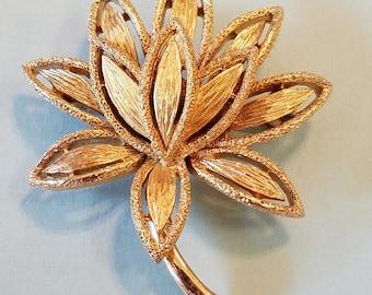 Vintage Avon Goldtone Flower Brooch, Avon Brooch, Avon