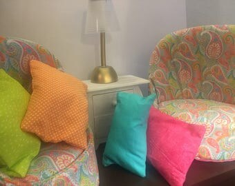 """Bright Set Of Chairs For 18"""" American Girl Dolls"""