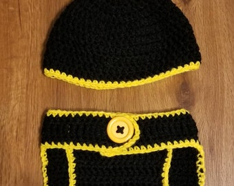 Diaper cover and hat set
