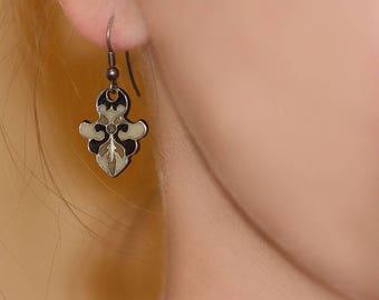 Elitt Trabol artisan earrings