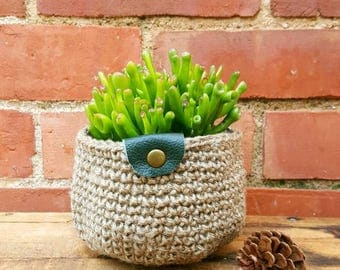 Large Crochet natural Jute basket, Pot plant holder, storage basket