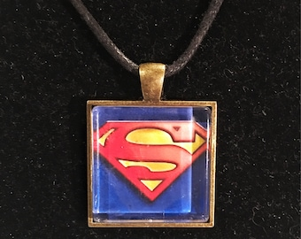 Superman inspired pendant necklace
