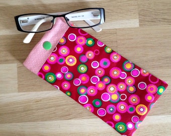 Fabric, pop circles - pink and green glasses case