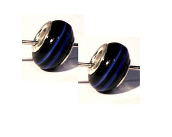 Set of 2 black glass beads spiral blue / white 12 mm x 9 mm