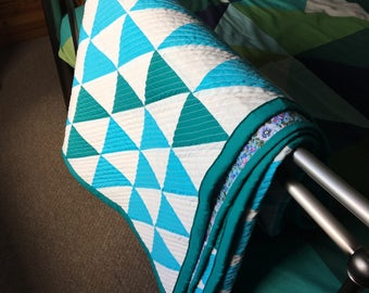 handmade quilt, single quilt, green and white quilt, quilts, modern quilt