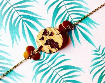 "Engraved wooden ""Taizö"" Earth bracelet"