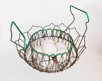 Antique Wire Egg Basket, Vintage Egg Basket, Gathering Basket, Vintage Wire Folding Basket, Vintage Green Wire Basket, 1950s Egg Basket