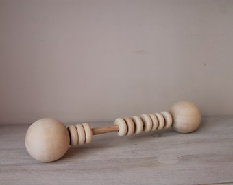 Wooden baby rattle (30 cm)