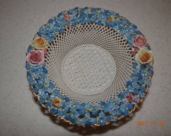 Von Schierholz Elfinware, refined, basket weave porcelain bowl In Forget Me Not pattern