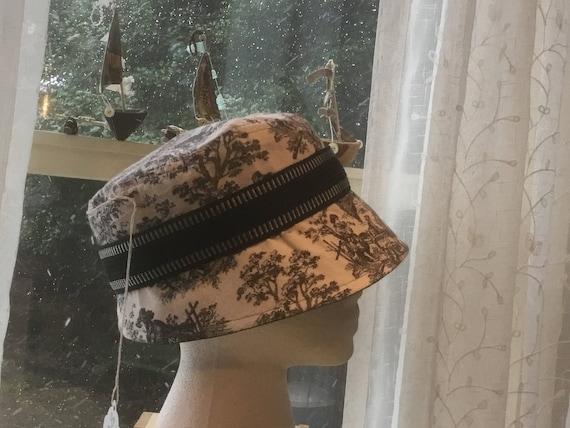 Vivian Handmade Retro Look Hat