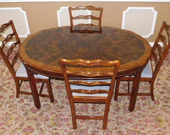 1990s Drexel Heritage Chippendale Style Dining Room Table & 4 Chairs w/ 2 Leaves