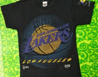 Vintage 90s Los Angeles Lakers Big Logo / Basketball shirt / Vintage NBA shirt /signed by players special edition