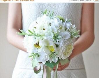 ON SALE Wedding Bouquet Ideas - Bridal Bouquets - Fake Flower Arrangements - Silk Wedding Bouquets - Destination Weddings -  Elegant Centerp