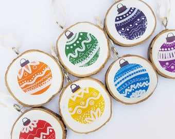 Christmas rainbow decoration - Painted wood slice- wood slice bauble - Christmas ornament - traditional- mix and match