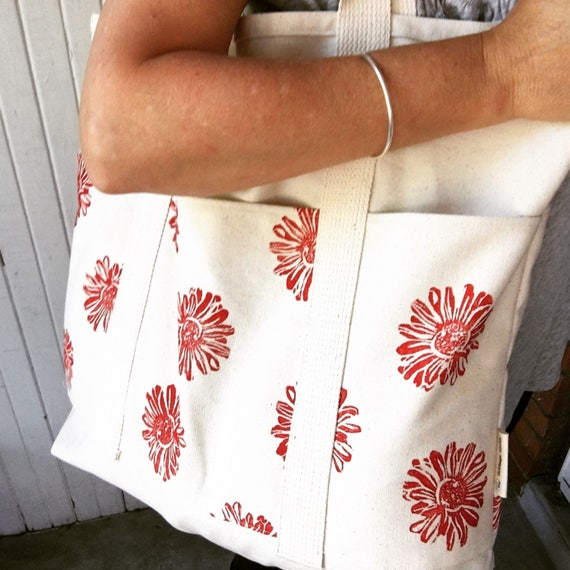 Organic bag, hand printed, beach bag, market, yoga, diaper bag, or as a carry on! seven pockets, extra large, one of a kind, gift idea