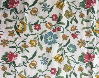 Vintage Flower Print Fabric, Vintage 70s Fabric, Woven Floral Print Fabric, 1.3 Yards, Vintage Sewing Supplies, 1970s Fabric, Flower Power