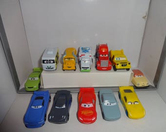 Mister A Gift Disney-Pixar Cars 3 set of 12 plastic Cake Toppers