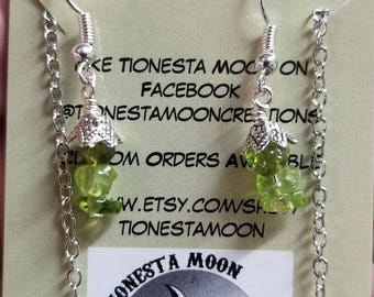 Peridot gemstone chips necklace and earrings