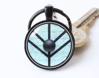 Vikings shield keychain Gift for him/her Lagertha inspired keyring Viking jewellery Viking jewelry Unisex pendant Viking gift Shield maiden