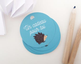 Set of 35 illustrated hedgehogs round gift tags