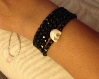 Black color skull bracelet