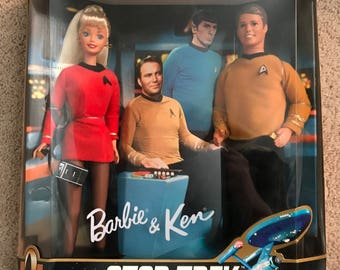 Barbie and Ken Star Trek Giftset 1996