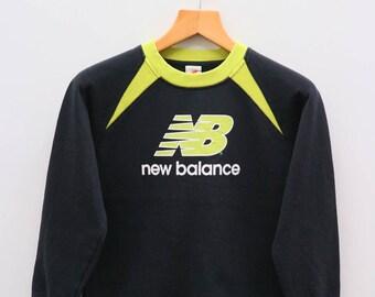 Vintage NEW BALANCE Big Logo Sportswear Black Sweater Sweatshirt Size 160
