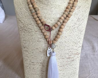 wooden necklace w/ sparkly bead & tassel