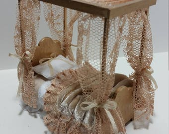 1:24 scale dollhouse miniatures canopy bed