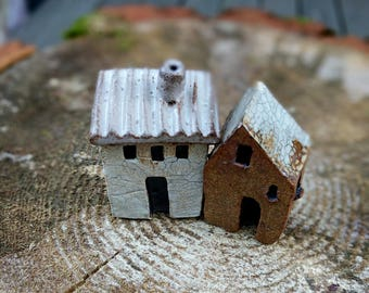 Little houses, Miniature houses, small clay houses, tiny house, small ceramic house, terrarium decor, secret garden, Housewarming, SET OF 2