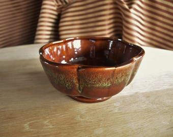 Vintage American USA Brown Drip Glaze Planter Pot – No. 215