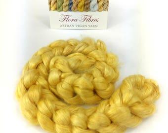 Botanically dyed ramie spinning fibre, vegan, 50g, for spinning or needle felting, UK