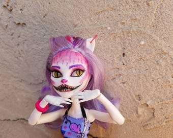 OOAK Monster High repaint, Cheshire cat, Catrine Demew
