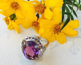 FACETED Amethyst Sterling Silver Nepalese Ring - Traditional Bhaktapur Design