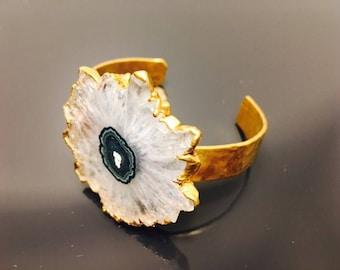 Amethyst Stalactite Flower Bracelet 5 Micron of Hammered Gold Statement Cuff Unique Gemstone Slice Healing Crystal Chic Birthday Gift Pride