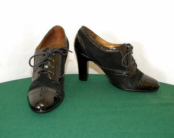 Sz 6m Vintage black patent leather and suede 1990s Women lace up Enzo Angiolini high heel shoes.