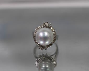 14k - .50 ct - Vintage White Pearl & Diamond Ring in White Gold - Size 6.5