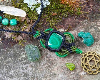 Anahata Macrame Necklace. Malachite. Heart Chakra. Love.