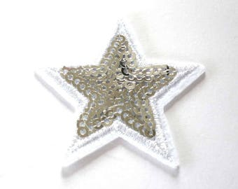 Small Silver Five Pointed Star Sequinned Iron on Patch - H498