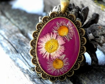 Ultra Violet Resin Necklace, Real Flower Pendant, Nature Terrarium Jewelry, Pressed Flower, Pink Daisy, Nature Lovers Gift, Woodland Plant